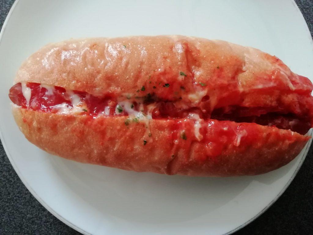 伊三郎製パン HOTチリサルサ
