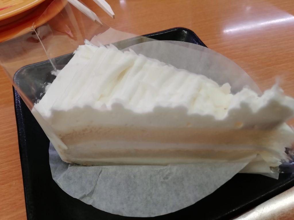 スシロー ホワイトチョコケーキパリッチ