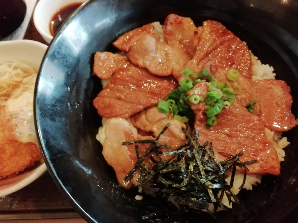 ガスト 帯広豚丼